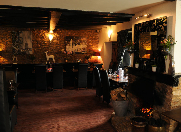The White Hart Inn Ufton Dining