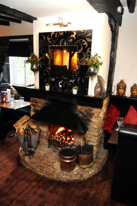 The White Hart Inn Ufton Fireplace